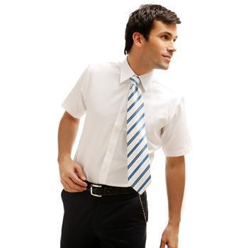 衬衫搭配领带,穿出百变自己