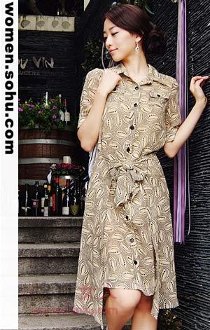 五款花纹连衣裙 成熟图案更优雅
