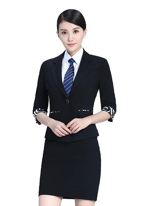 时尚职业女装套装如何挑选