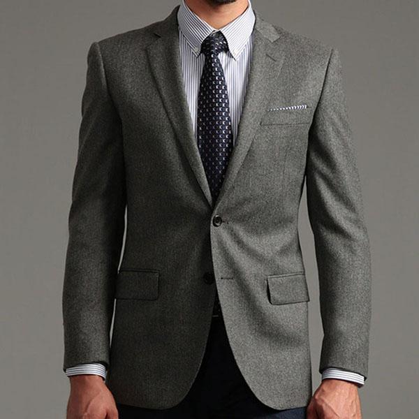 男人都应该有一套自己定制修身西服