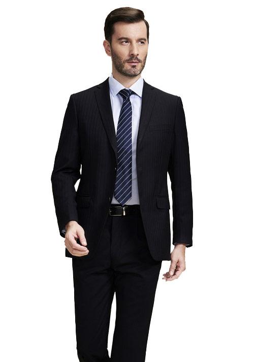 黑色工作服如何搭配