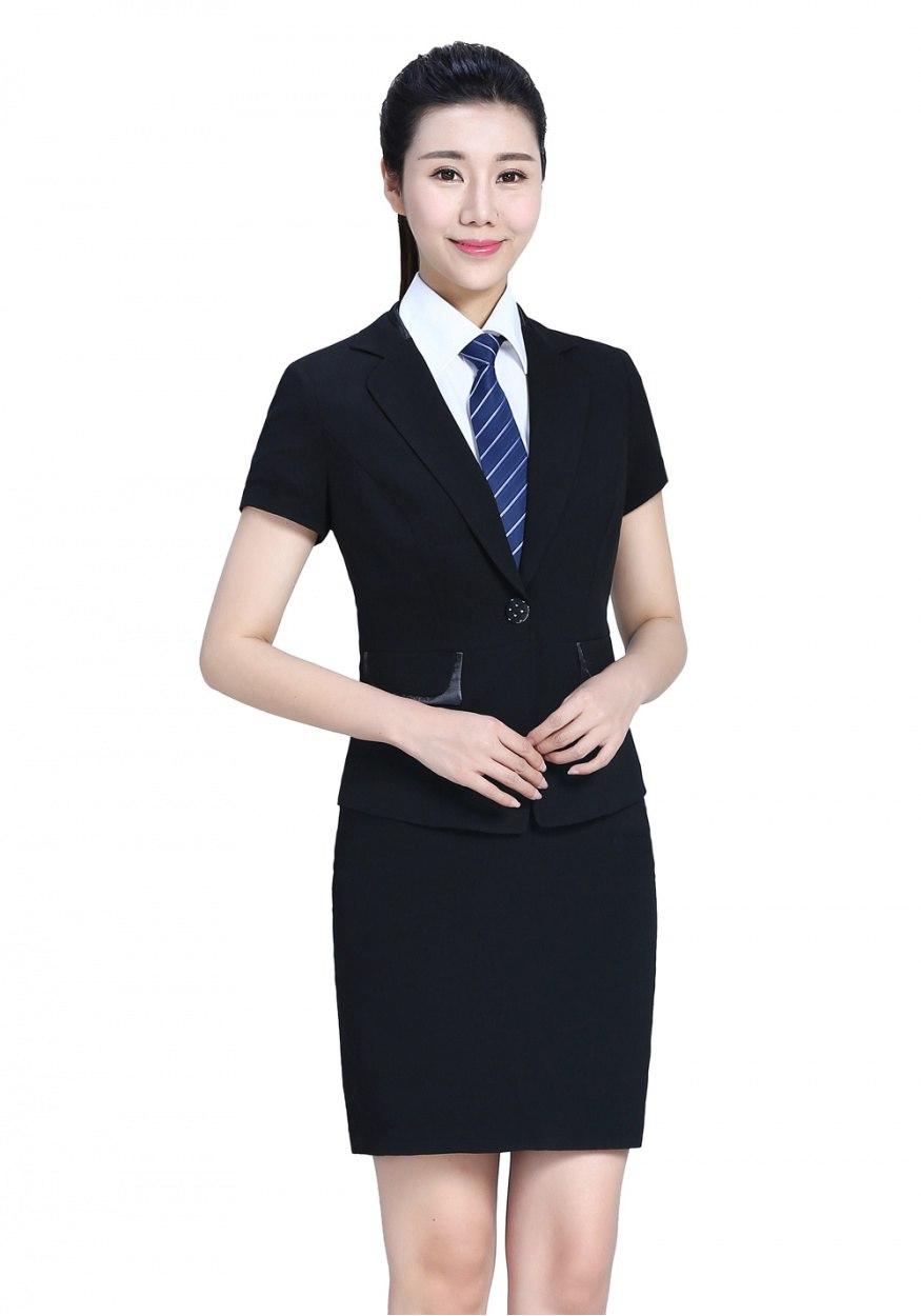 商务场合怎么穿定制西装?商务人士定制西装怎么穿?
